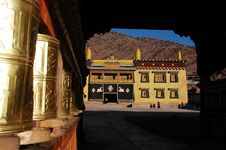 Free Tibetan Lamasery Stock Photography - 18879112
