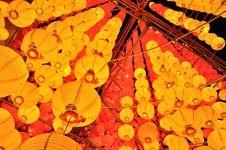Free Yellow Lanterns Royalty Free Stock Photo - 18879605