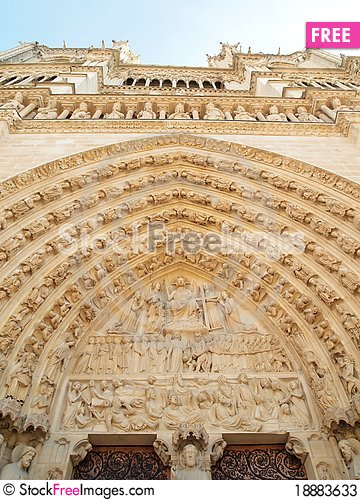 Free Gothic Sculptures In The Facade Of Notre Dame Stock Photos - 18883633