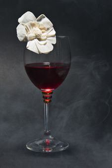 Free Red Wine On The Black Background Stock Image - 18882681