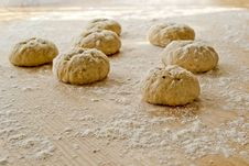 Free Bread Dough Balls Stock Images - 18885234