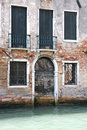 Free Venetian Doors In A House Royalty Free Stock Photography - 18899817