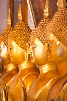 Free Row Of Golden Buddha Stock Photography - 18892232