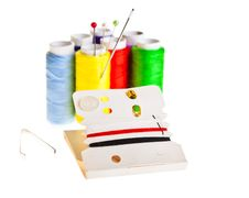 Free Colorful Sewing Threads Royalty Free Stock Images - 18892349