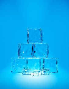 Free Ice Cubes Royalty Free Stock Image - 18897736