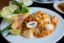 Free Seafood Noodle Royalty Free Stock Photo - 18898045