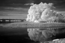 Free Lake In Infra Red Royalty Free Stock Photos - 1894398