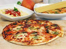 Free Pizza Royalty Free Stock Photo - 1899545