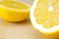 Free Lemon. Royalty Free Stock Photos - 18900578