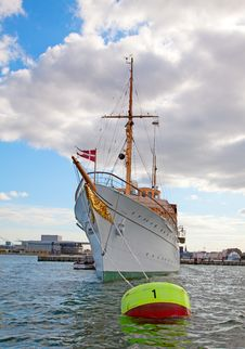 Free Danish Royal Yacht Royalty Free Stock Photography - 18911467