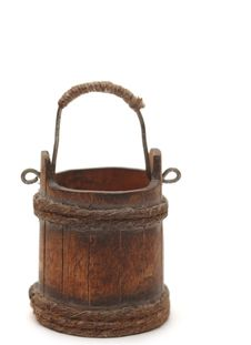 Free Old Wooden Bucket Stock Photography - 18914182