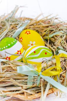 Free Colorful Easter Eggs Royalty Free Stock Photo - 18914865