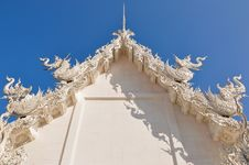 Free White Temple Roof Royalty Free Stock Photography - 18918257