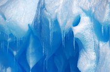 Free Icycles On An Iceberg Royalty Free Stock Photography - 18921527