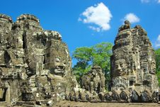 Free Stone Head On Towers Of Bayon Temple. Royalty Free Stock Photos - 18922338