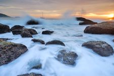 Free Seascape At Sunset Stock Photography - 18922842
