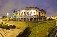 Free Colosseum By Night In Rome, Italy Royalty Free Stock Image - 18924506