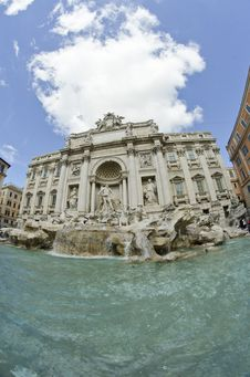 Free Trevi Fountain In Rome Royalty Free Stock Images - 18924579