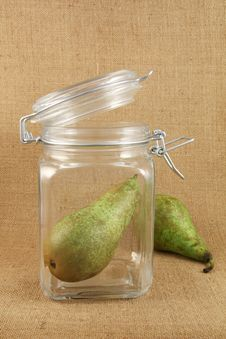 Free Pear In A Glass  Jar Royalty Free Stock Image - 18925186