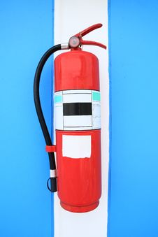 Free Fire Extinguisher Tank Royalty Free Stock Images - 18929589