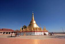 Free Golden Shwedagon Pagoda Royalty Free Stock Image - 18929866