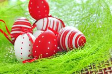 Free Basket With Easter Eggs Royalty Free Stock Images - 18931469