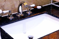 Free Washbasin Stock Image - 18931851