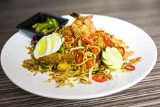 Free Fried Noodles With Vegetables Stock Photos - 18932433