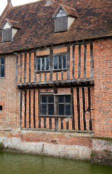 Free Tudor Moat House Royalty Free Stock Image - 18938726