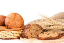 Free Fresh Bread With Ear Of Wheat Royalty Free Stock Photo - 18939175