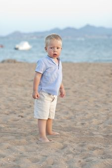 Free Baby On The Beach Royalty Free Stock Photography - 18944187