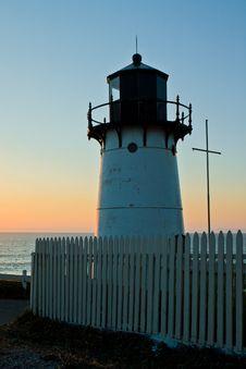 Free Point Montara Lighthouse Royalty Free Stock Photo - 18946695