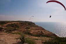 Free Paraglider Over  Mediterranean Sea . Royalty Free Stock Photo - 18949155