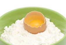 Free An Egg Is In A Flour Stock Photo - 18952340