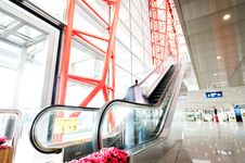 Free People At The Airport Escalator Stock Images - 18952574