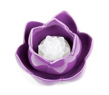 Free Candle In The Form Of Porcelain Violet Royalty Free Stock Photography - 18952697