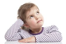 Free Little Girl Is Siting Royalty Free Stock Images - 18962709
