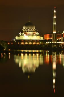 Free Putra Mosque Stock Photography - 18963292