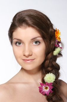 Free Beauty Young Brunette Girl With Flowers Stock Images - 18972144