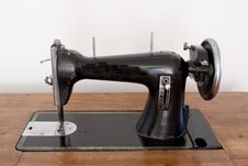 Free Sewing Machine Stock Image - 18972881