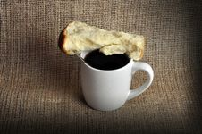 Free Coffee And Rusk Royalty Free Stock Photography - 18973247