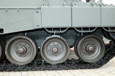 Free Army Tank Wheel Track Stock Photos - 18973393