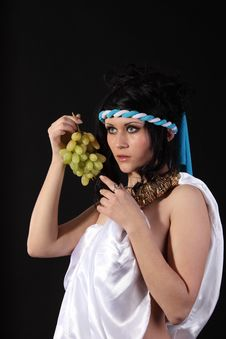 Free Ancient Greece Woman With A Bunch Of Grapes Royalty Free Stock Photos - 18973518