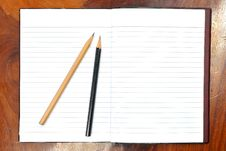 Free Blank Open Notebook And Pencil Royalty Free Stock Images - 18975789