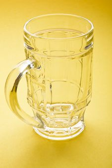 Free Empty Beer Mug Royalty Free Stock Images - 18982349