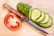 Free Cut Vegetables On The Wooden Hardboard Royalty Free Stock Images - 18984799
