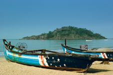 Free Traditional Boats At The Beach Royalty Free Stock Photos - 18985148