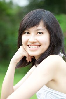 Free Beautiful Asian Girl Enjoying Outdoors Royalty Free Stock Photography - 18986127