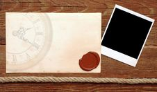 Free Old Paper With A Wax Seal Royalty Free Stock Photos - 18986938