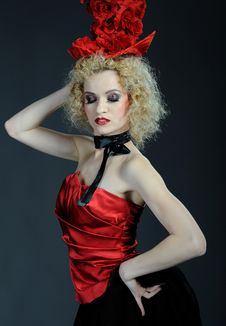 Free Beautiful Show Cabaret Girl With Stage Make-up Royalty Free Stock Photography - 18989327